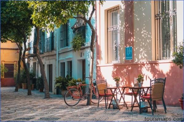 seville cafe unsplash 1 1024x683 BEST And WORST Travel Moments of 2018