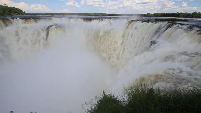 the devils throat iguassu falls brazil 31 Iguassu Falls Brazil