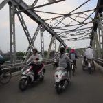 vietnamese drivers hue hanoi vietnam 08 150x150 Vietnamese Drivers Hue Hanoi Vietnam