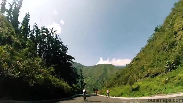 volcano erupts while travelling banos ecuador 11 VOLCANO ERUPTS WHILE TRAVELLING Banos Ecuador