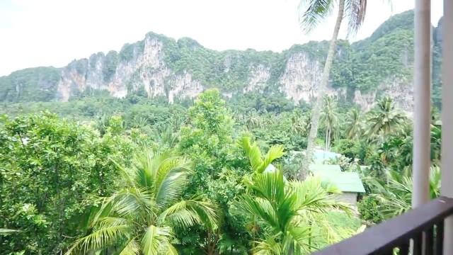 we climbed the mountains of avatar railay thailand 07 RAILAY THAILAND