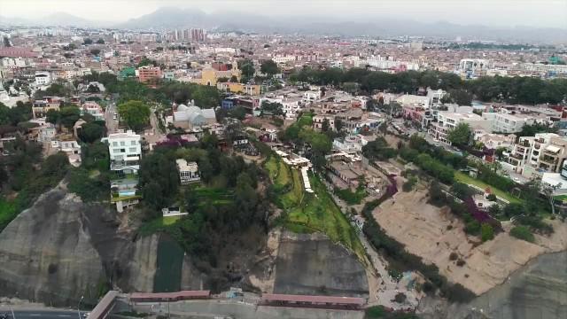 were off to south america 3 days in lima peru w whatthechic 02 WERE OFF TO SOUTH AMERICA 3 Days in Lima Peru