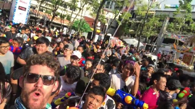 bangkok thailand songkran worlds largest watergun fight 35 BANGKOK THAILAND SONGKRAN WORLDS LARGEST WATERGUN FIGHT