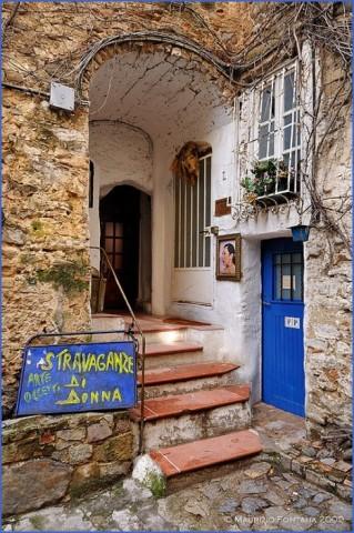 bussana vecchia charming small italian town 10 Bussana Vecchia   Charming Small Italian Town