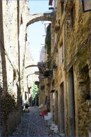 bussana vecchia charming small italian town 12 Bussana Vecchia   Charming Small Italian Town