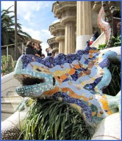 Fairytale Dragon Queen in Park Güell_13.jpg