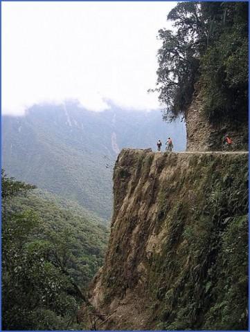 biking down the death road in la paz bolivia travel 0 Biking down the Death Road in La Paz Bolivia Travel