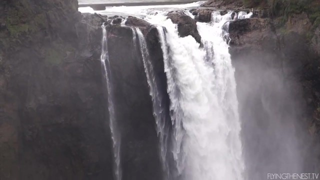 waterfalls and giant trolls seattle usa 08 WATERFALLS, and GIANT TROLLS Seattle USA