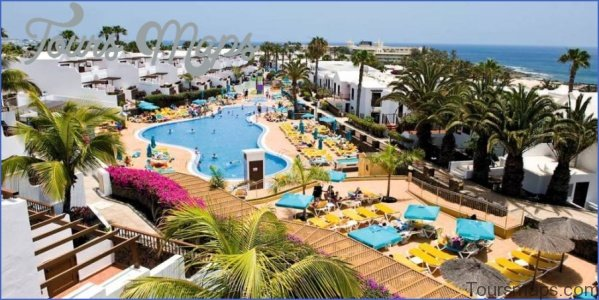 8 Best Family Holiday Hotels In Lanzarote_1.jpg