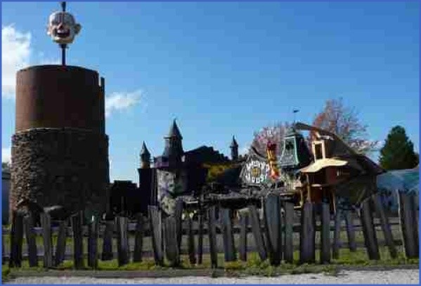 quirky roadside landmarks in usa 4 Quirky Roadside Landmarks in USA