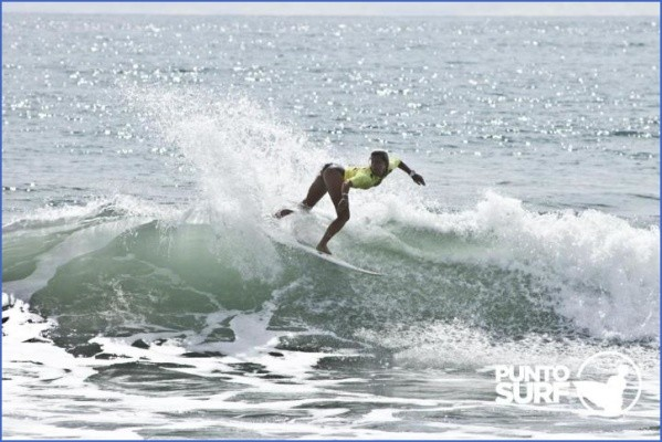 surfing in the south pacific 15 Surfing in the South Pacific