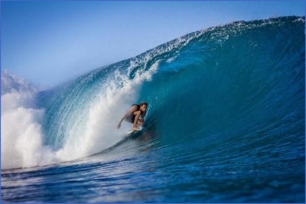 surfing on hawaii 10 Surfing on Hawaii