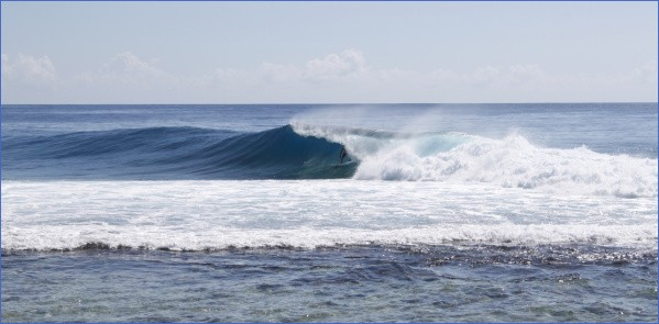 tahiti and moorea surf reports and surfing 4 Tahiti and Moorea Surf Reports and Surfing
