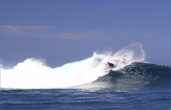 tahiti and moorea surf reports and surfing 8 Tahiti and Moorea Surf Reports and Surfing