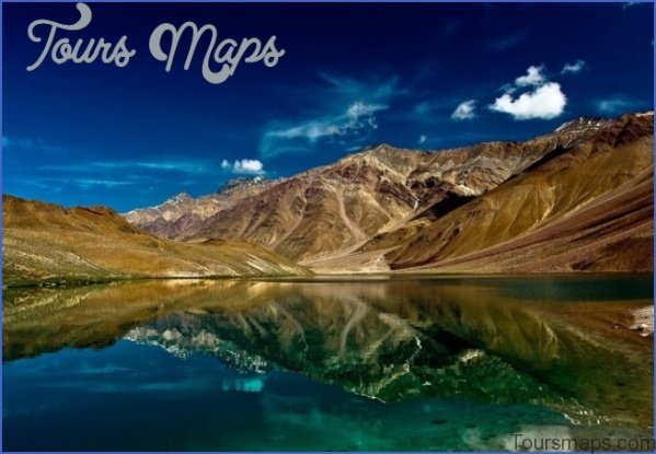 9 chandertal lake 2 Take The Taste Of Trekking While In Humpta Pass