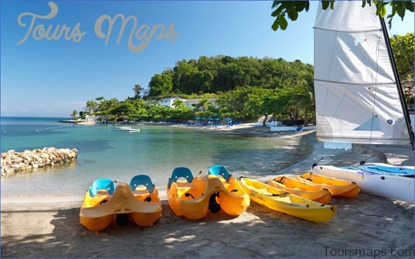 family0615 jamaica round hill itokrkt pfft 6 Travel Destinations You Should Explore in 2018 for Some Real Adventure
