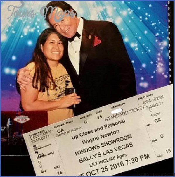 wayne newton up close and personal show in las vegas 4 Wayne Newton Up Close and Personal Show in Las Vegas