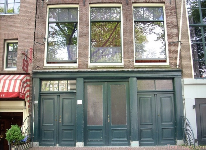 anne frank house 10 Top Tourist Attractions in Amsterdam