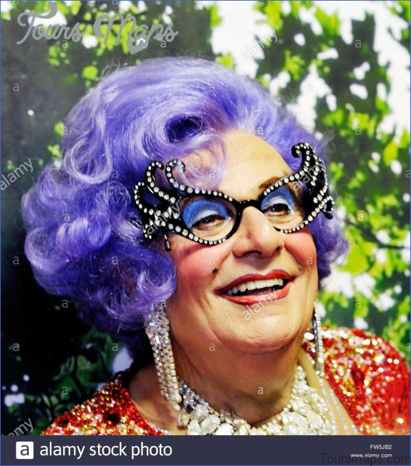 barry humphries australia 5 Barry Humphries Australia