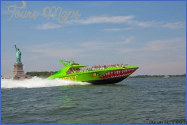 circle line beast speedboat ride 11 Circle Line Beast Speedboat Ride