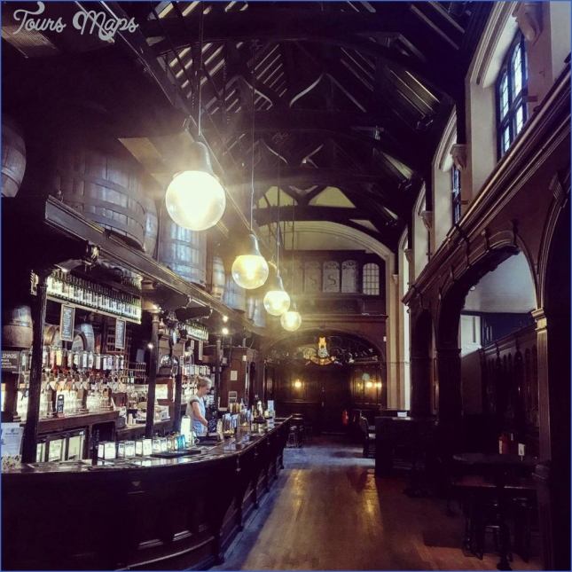 the best historic pubs in london and drink where many great people have drunk before you  8 The Best Historic Pubs In London And Drink Where Many Great People Have Drunk Before You