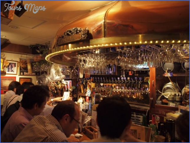 tokyos legendary beer bar  1 Tokyos Legendary Beer Bar
