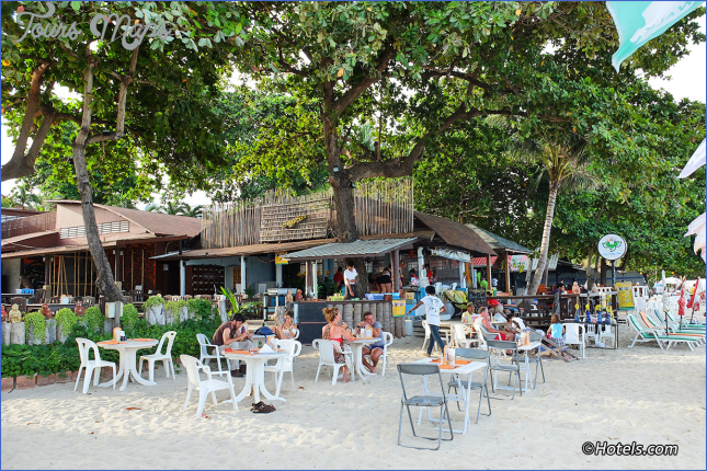 Chaweng Restaurants and Dining - Where and What to Eat in Chaweng Beach