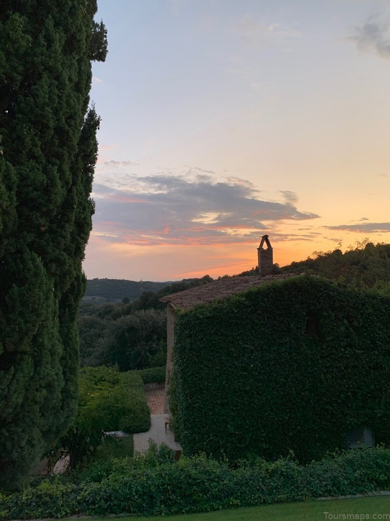 honeymoon in castello di vicarello tuscany italy 4